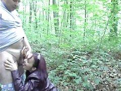 مدل پورنو نوجوان بوست ، نوک بچه های معشوقه خود را نوازش می کند و فیلم سوپر سکس بکن بکن در عوض فشار شیردوشی می گیرد
