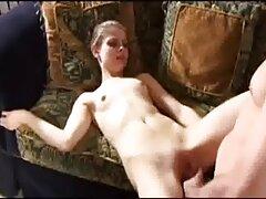 Bitch از فیلم سکسی بکن بکن مکیدن با جریان اسپرم مراقبت می کند