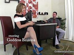 زن سیاه و سفید با دانلود فیلم بکن بکن پاشنه بلند با یک پسر گتو روی مبل fucks می کند
