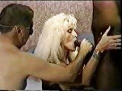 زن خانه دار دانلود سکسی بکن بکن سوراخ های خود را از همه طرف نشان داد