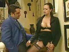 داغ بالغین لاتینا با سایت بکن بکن سکسی مردی که در موقعیت های مختلف دوست دارد ، قرار می گیرد